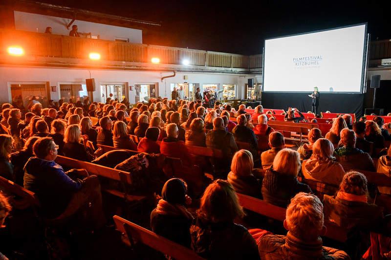 Mai jos este conversația cu olandezii festivalul de film